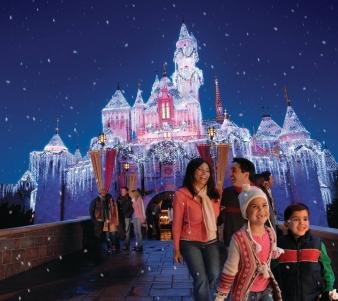 The holidays have hit Walt Disney World!